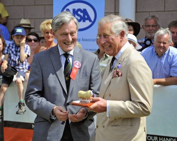 The Duke of Montrose (NSA President) presents the George Hedley Memorial Award to HRH The Prince of Wales.