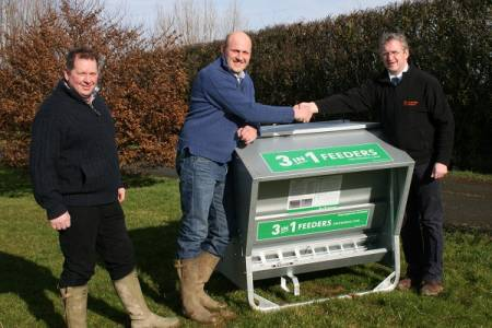 Warwickshire farmer wins first of six specialist sheep feeders given away by NSA