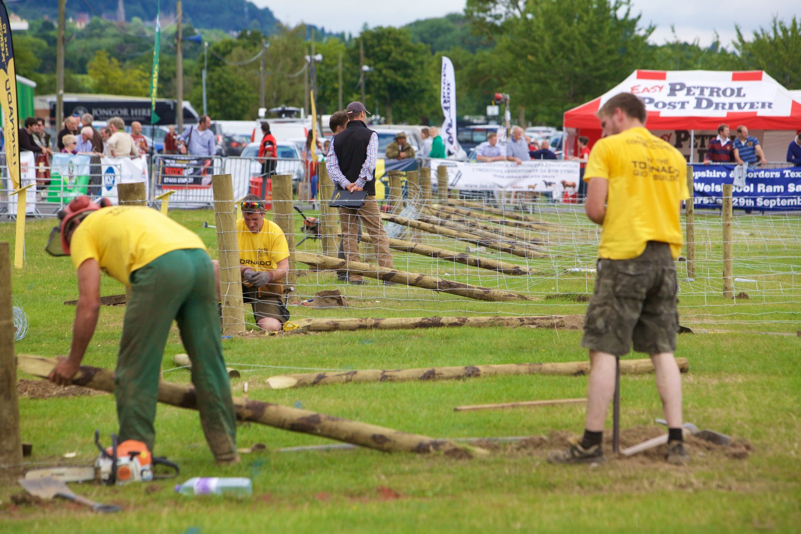 Competitors in the Tornado wire fencing competition